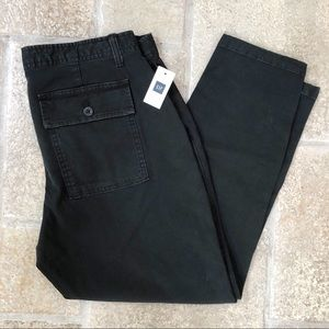 NWT GAP Girlfriend Crop Black Chinos 8